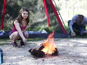 Teen Beauty Goes Camping And Fucks Her Boyfriend