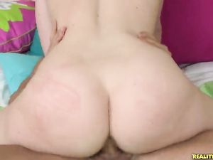 Big Butt Girl On Top Rides Her Man With Passion