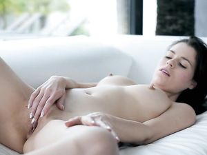 Solo Teen Beauty Erotically Plays With Her Pussy