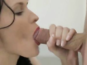 Skipping Breakfast To Fuck A Gorgeous Teen Girl