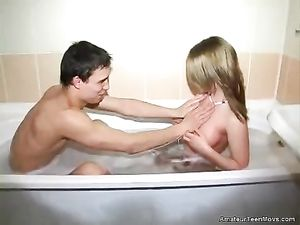 Sexy Bathtub BJ And A Lusty Cock Ride