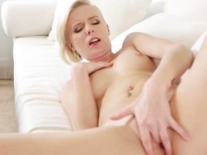 Elaina Raye Fucks Her Man With Great Passion