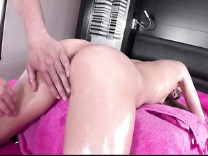 Oiled Teen Pussy Stretches During Big Cock Hardcore sex