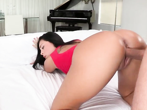 Gianna Nicole Facial After A Beautiful Big Cock Fucking