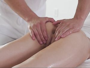 Masseur Fucks His Big Cock Into Tiny Elsa Jean
